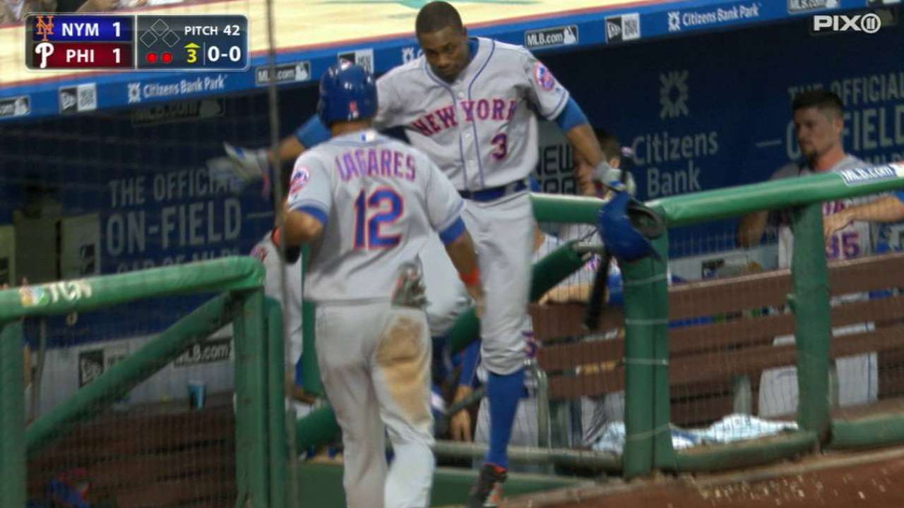 Reyes' sac fly to left