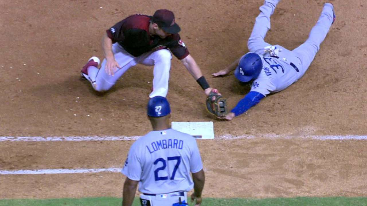 Castillo picks off Van Slyke