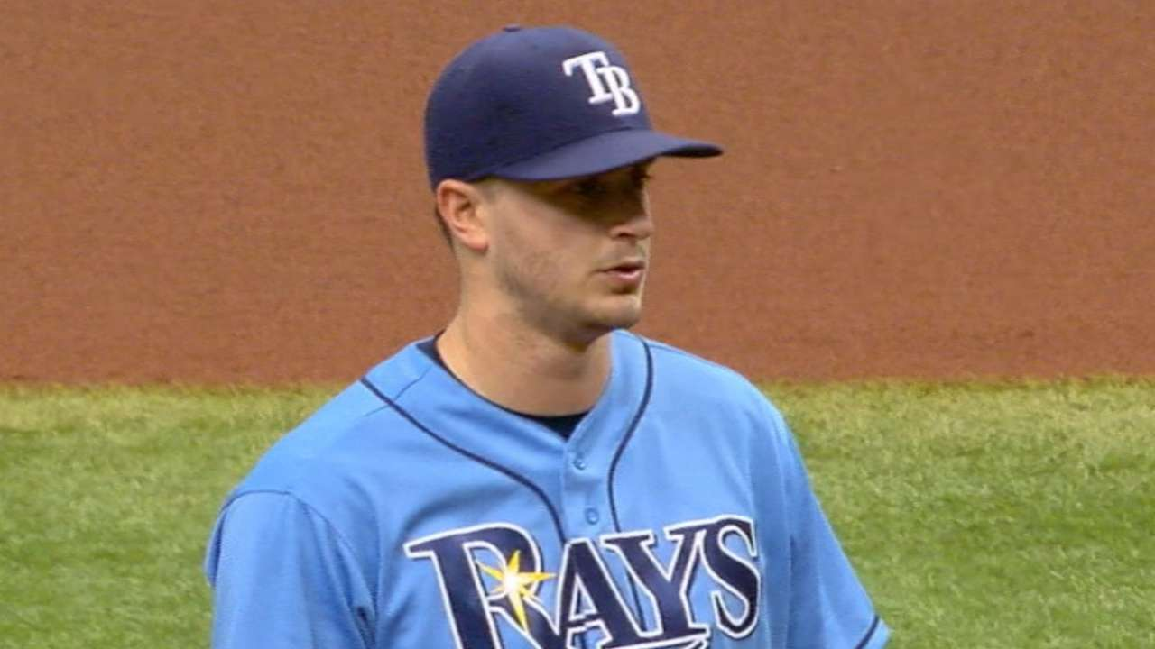 Odorizzi navigates trouble for 1st '16 home win