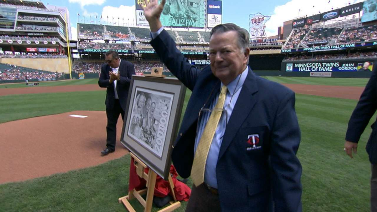 Gordon inducted into Twins Hall of Fame