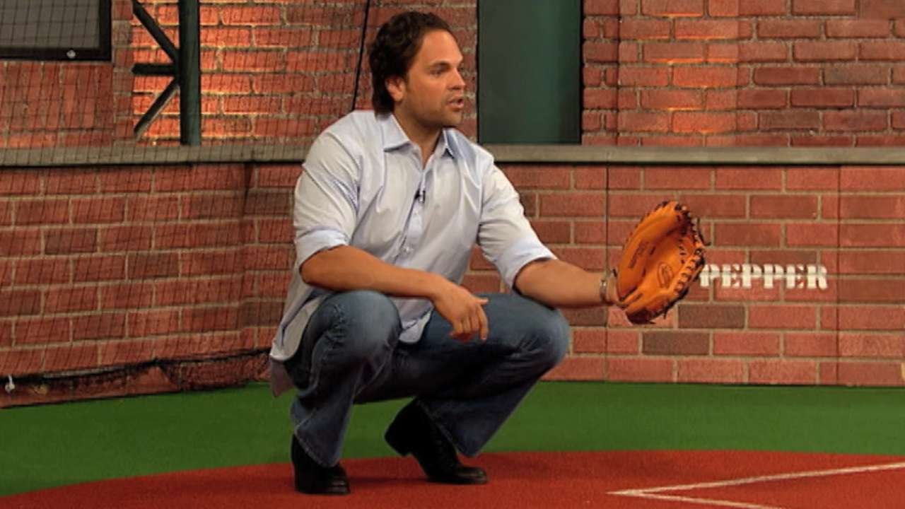 Known for big bat, Piazza was underrated defensively