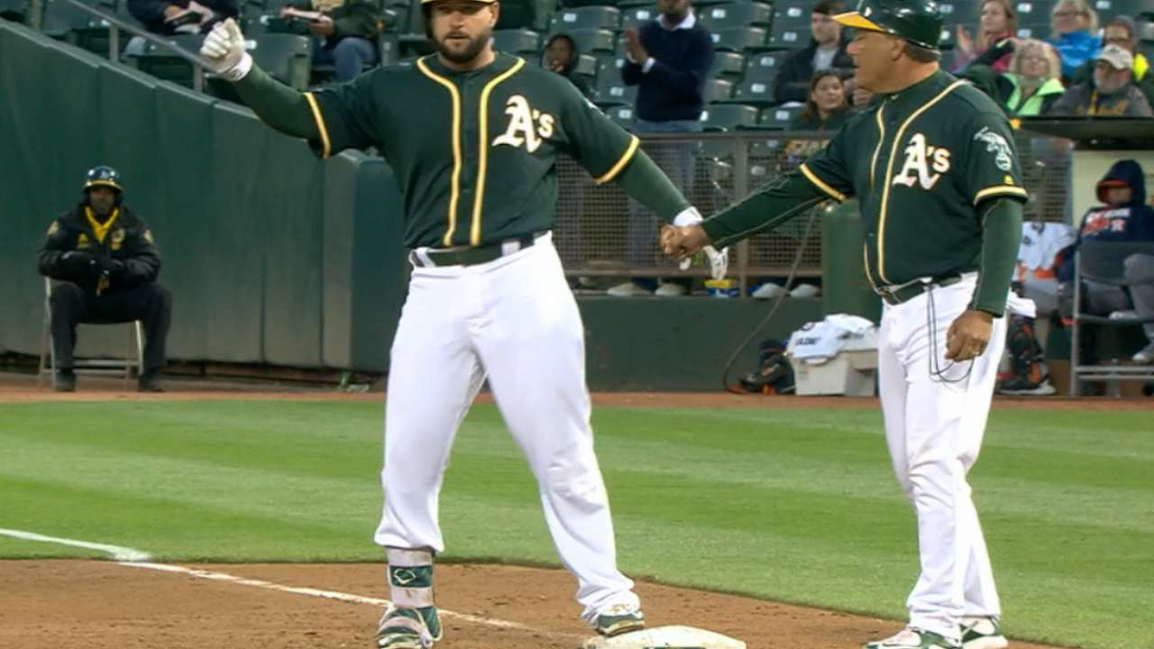 Oakland cashes in with two outs vs. Astros