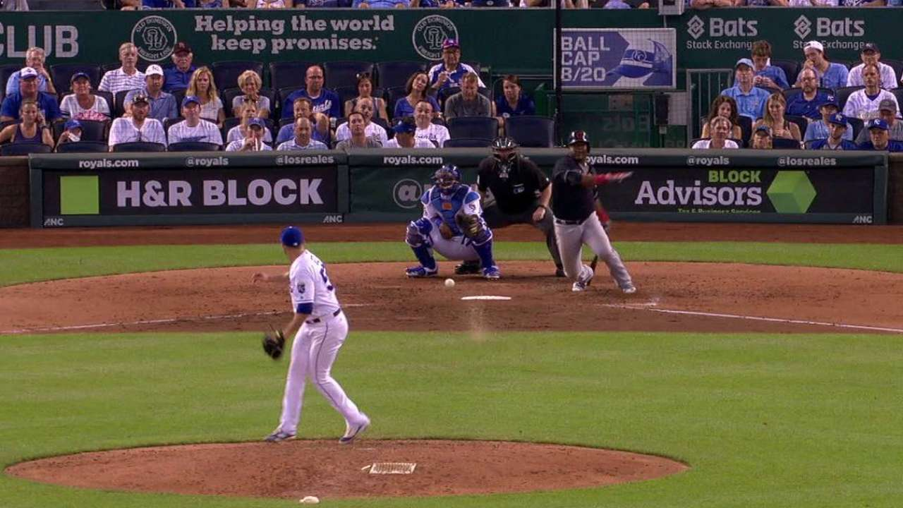 Uribe's RBI single up the middle