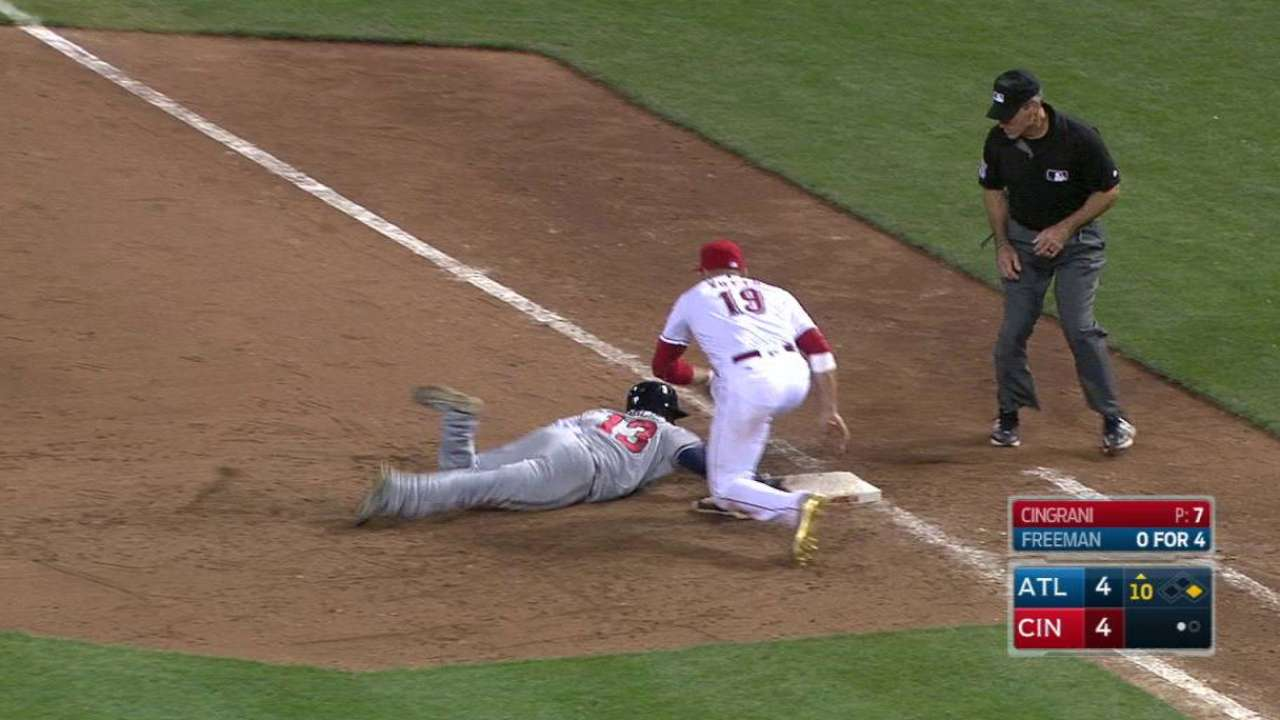 Snitker gets tossed in the 10th