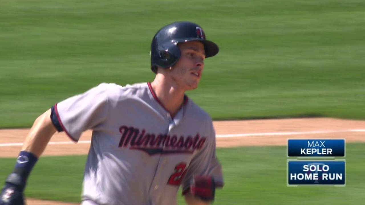 Twins get to K-Rod, win homer duel vs. Tigers