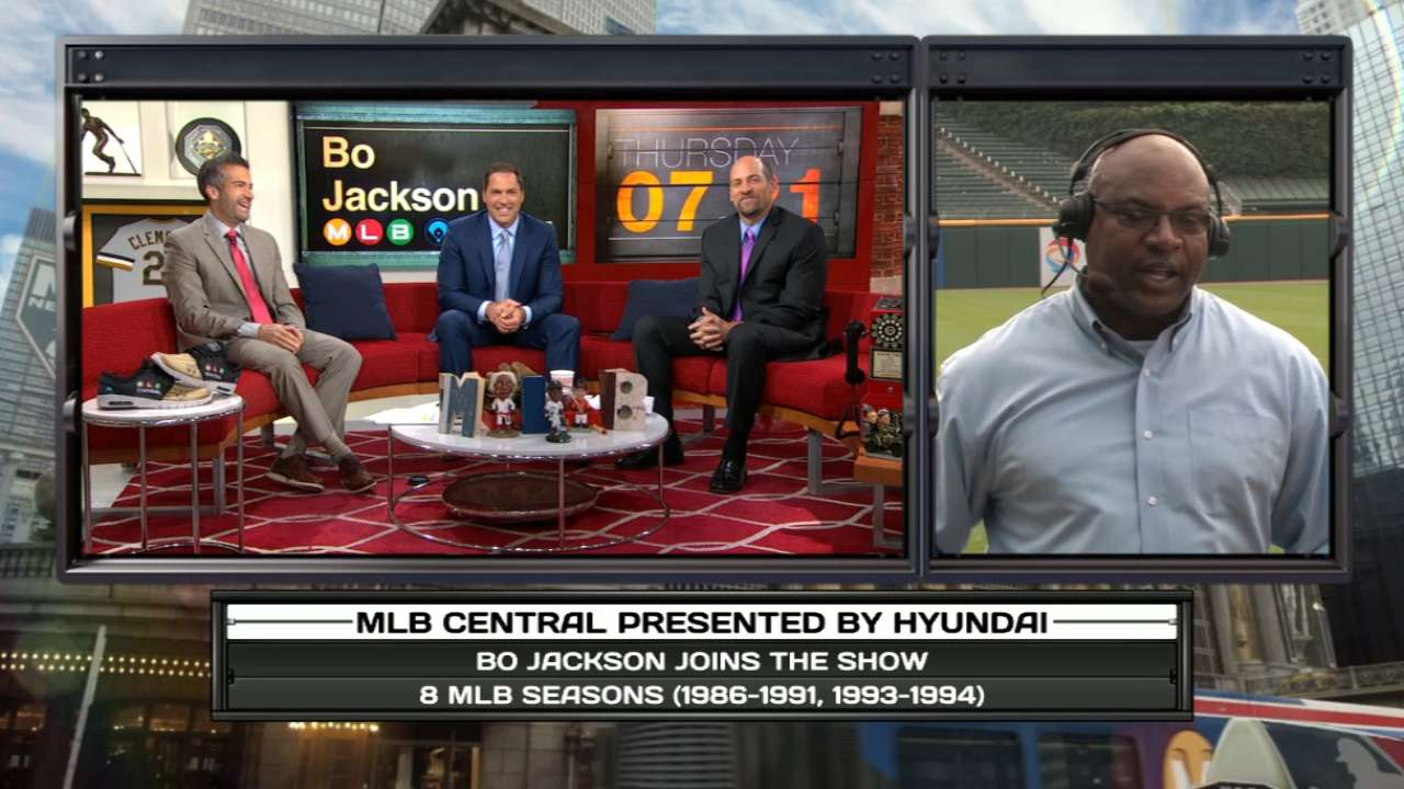 Bo debuts new PSA on MLB Central