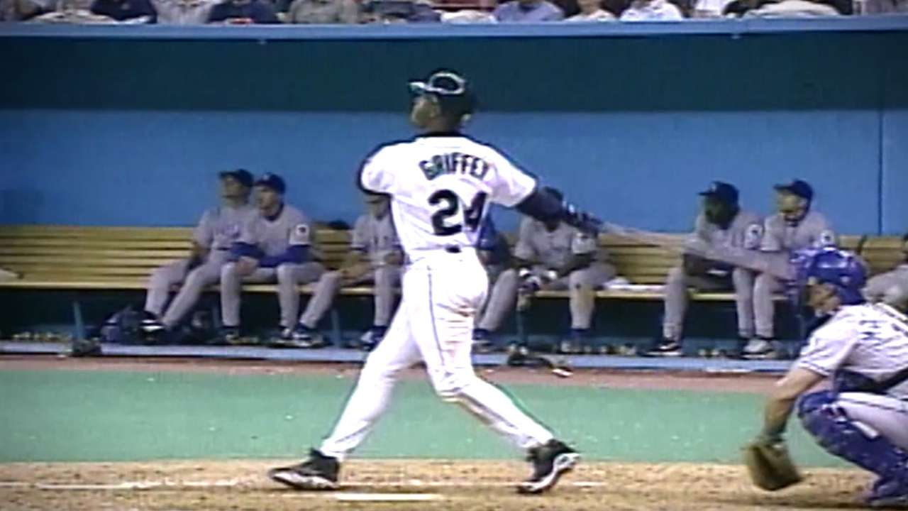 Griffey's sweet swing, personality resonate with Harper