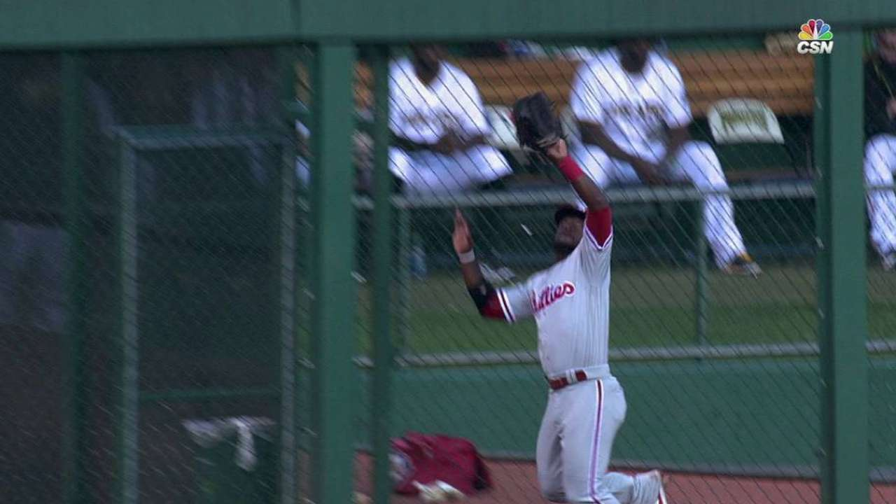 Herrera's leaping catch