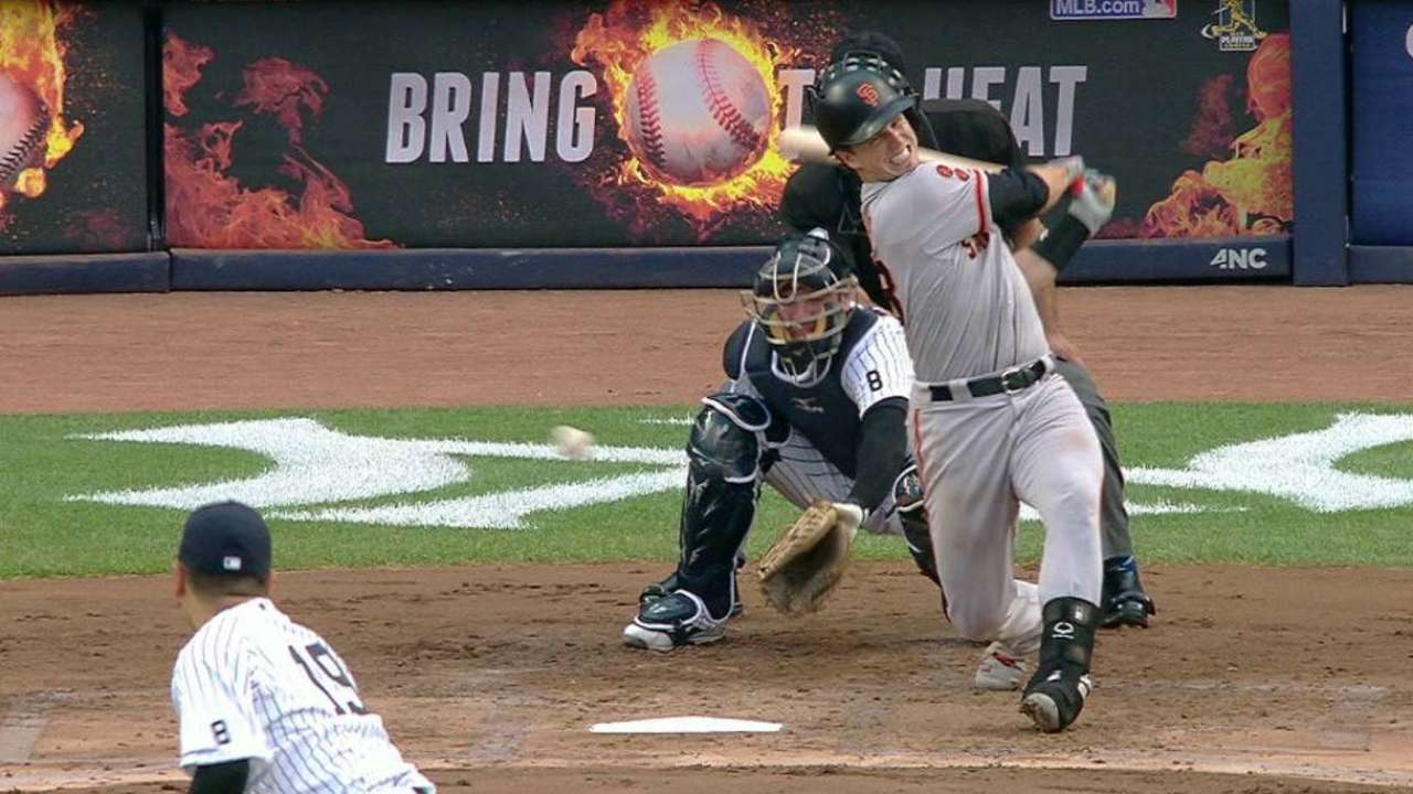 Posey's bruised foot doesn't keep him out
