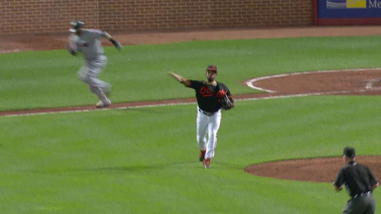 O's Despaigne sent back out after relief outing
