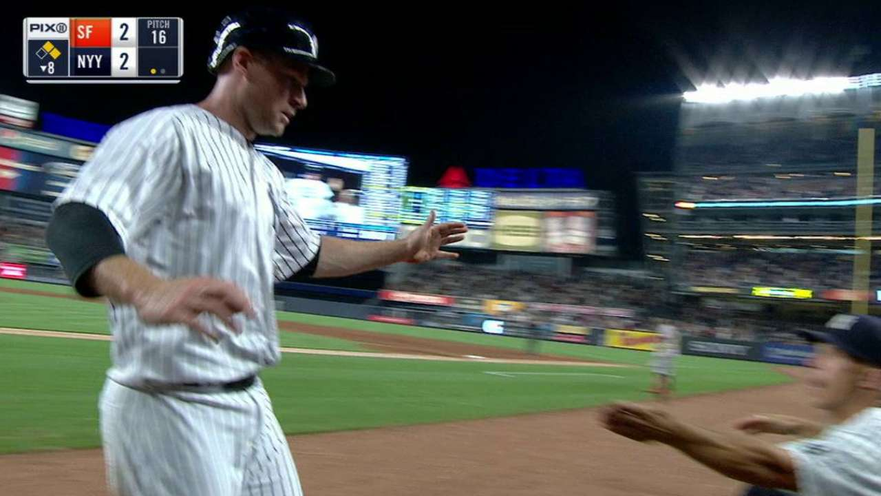 Yankees stay hot, send Giants to 6th straight loss