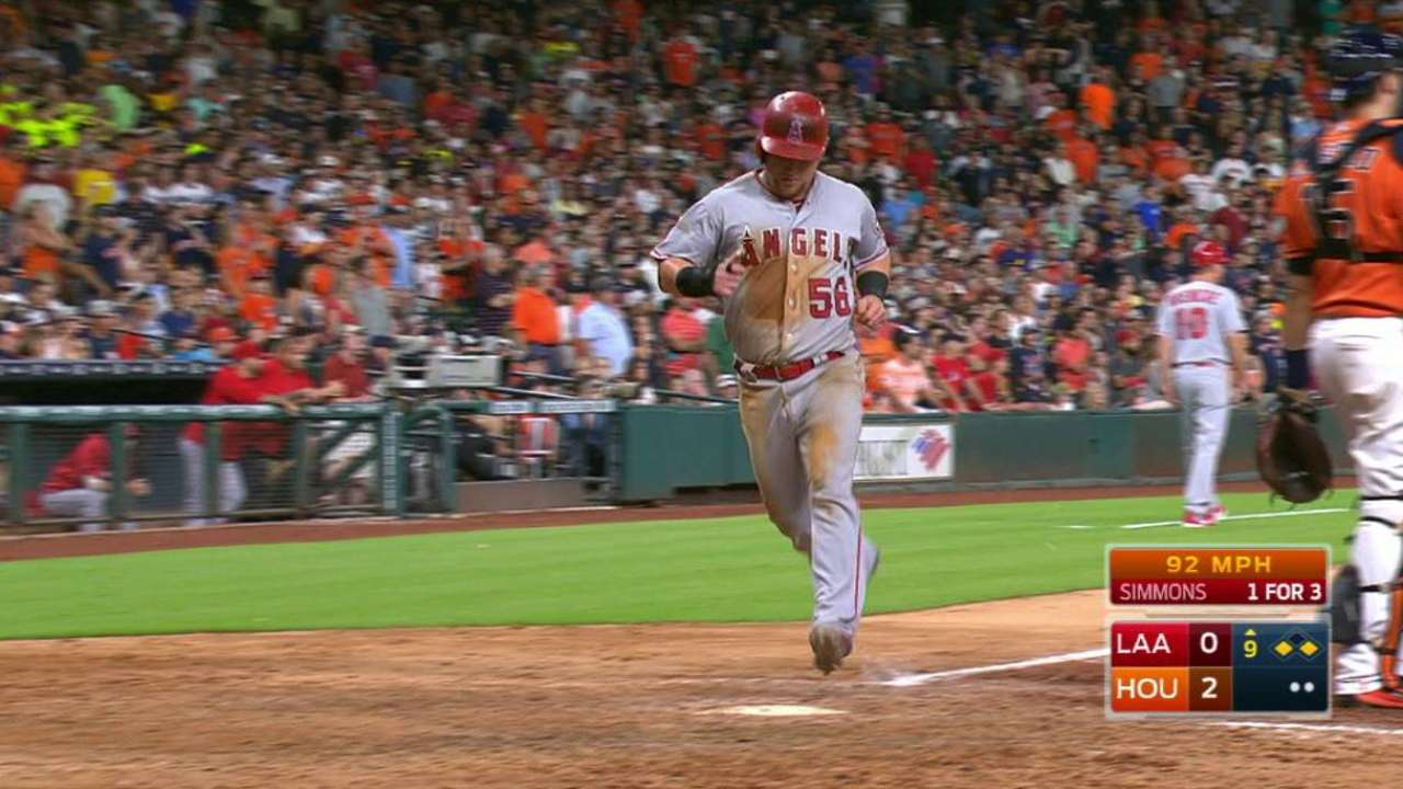 Simmons' RBI too little, too late vs. Astros