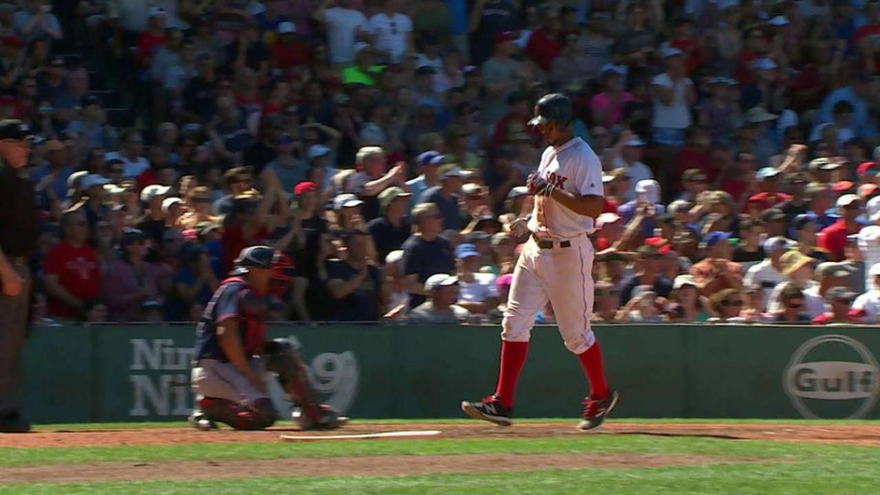 Sano's error leads to big inning for Red Sox