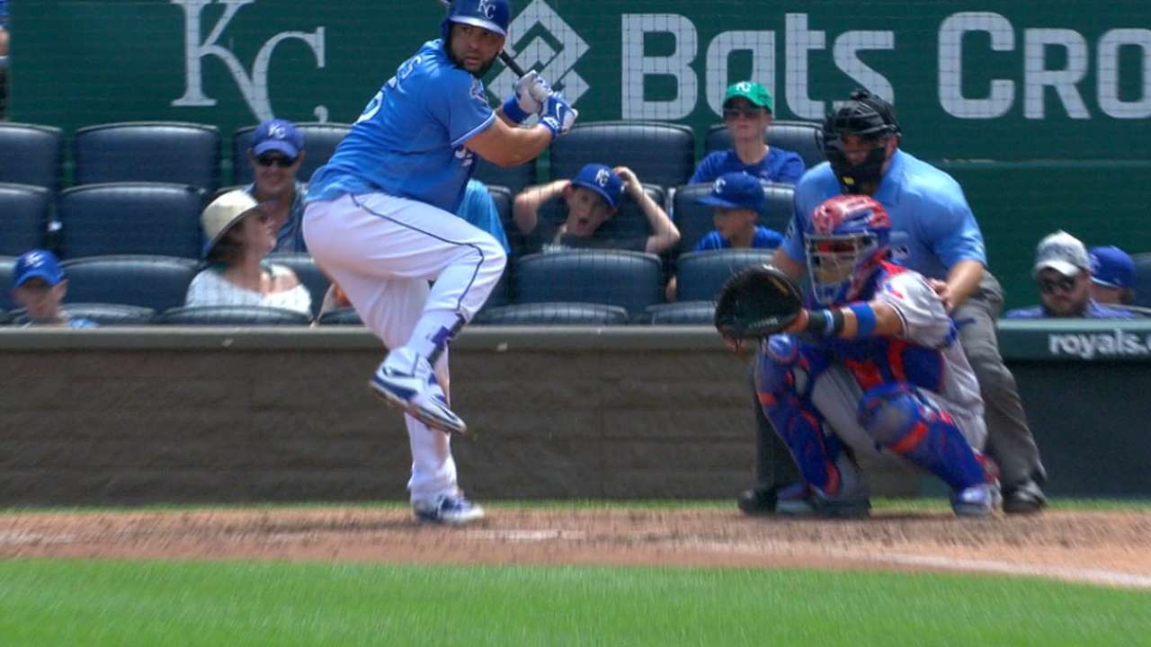 Morales' three-hit game