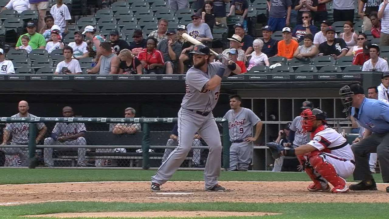 Tigers hit three homers in 9th