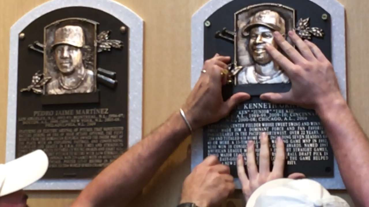 Griffey's HOF plaque coming to Safeco