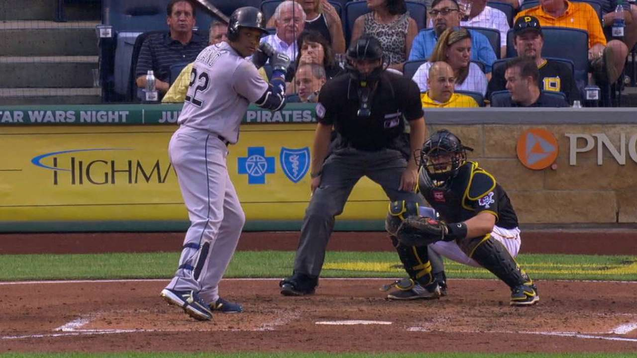 Mariners battle back in support of Felix