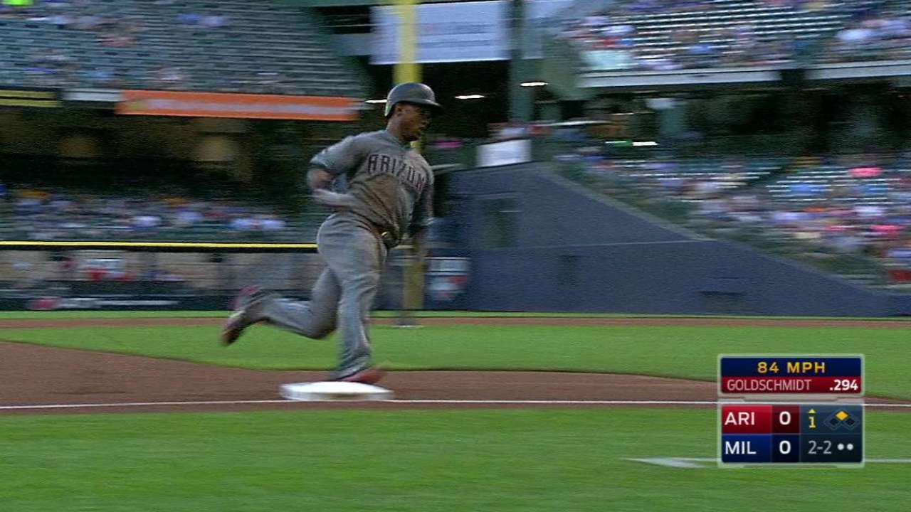 D-backs' bullpen can't hold Brewers down
