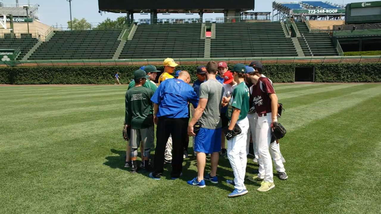Cubs host National Play Campaign at Wrigley