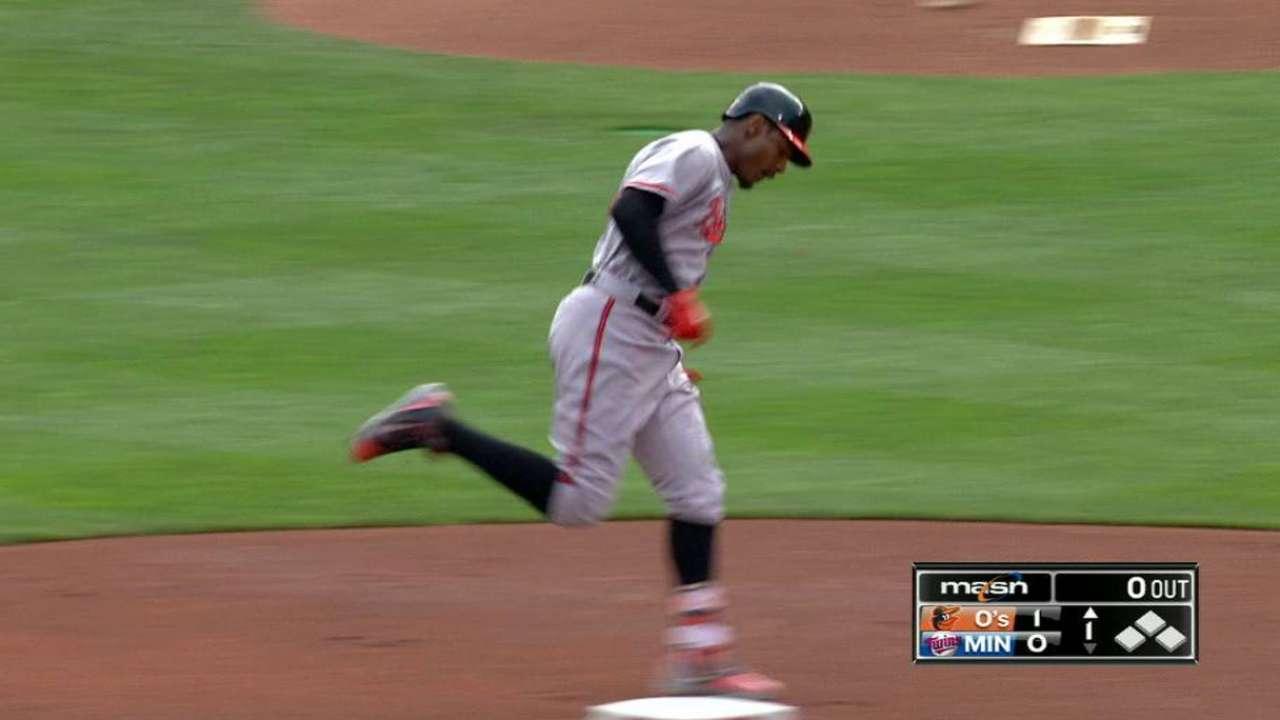 Jones' leadoff homer