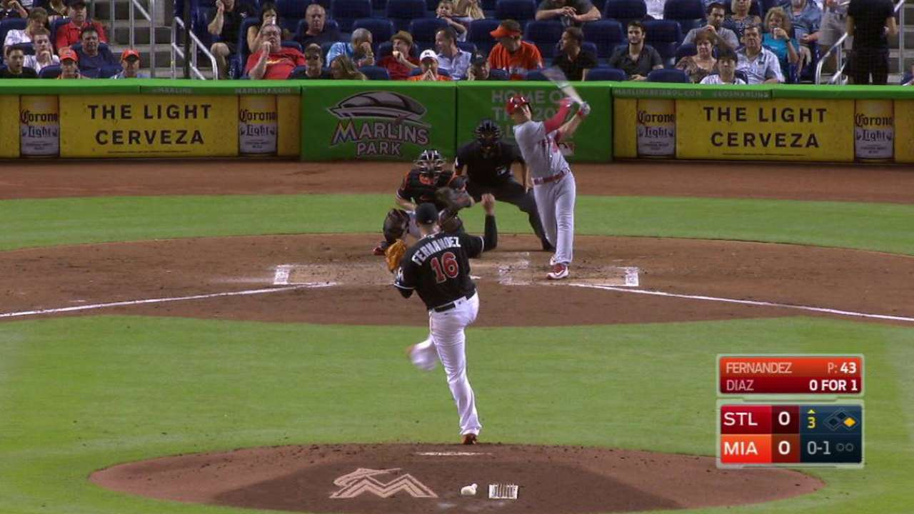 Diaz's two-run homer