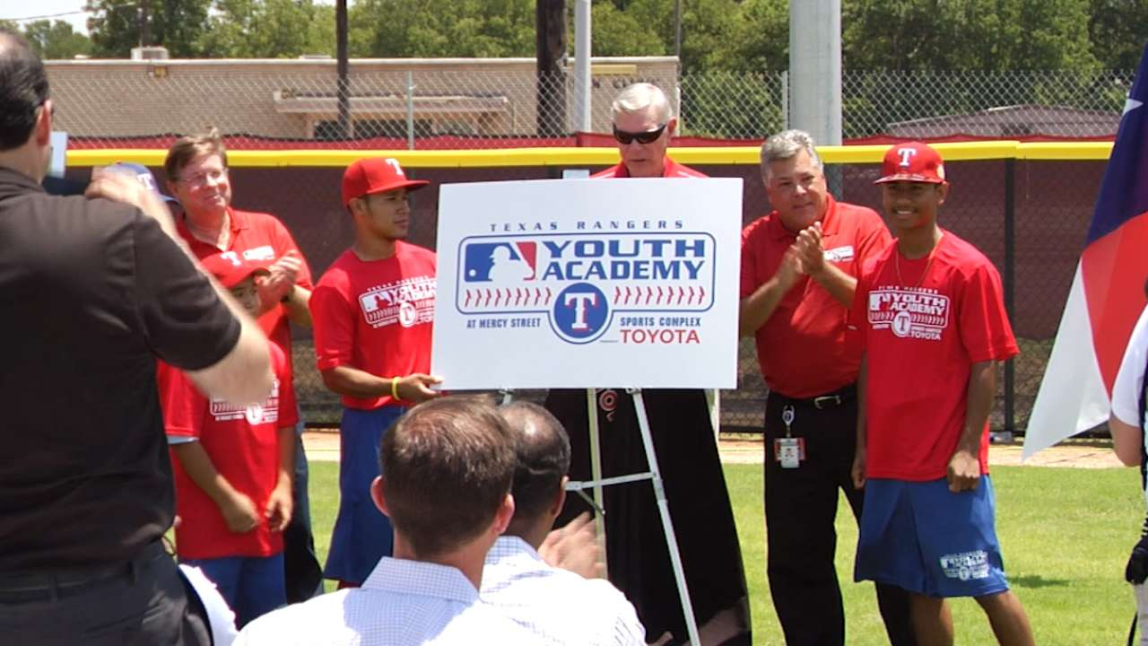 Rangers unveil field to MLB Youth Academy