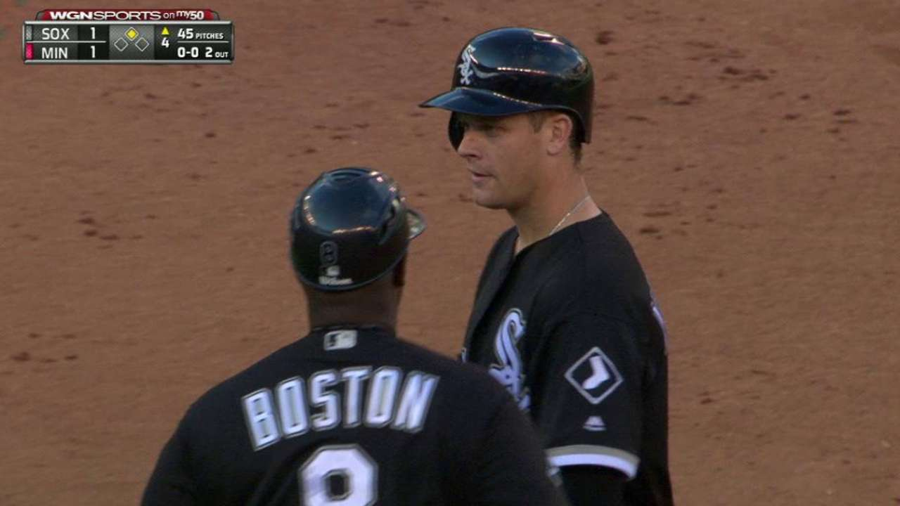 Morneau's double ties the game