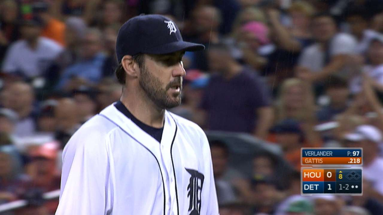 Verlander goes the distance