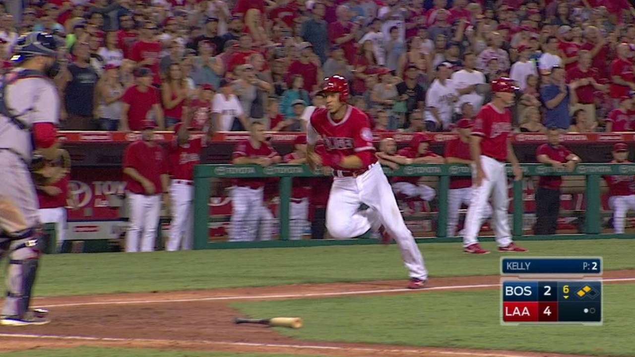 Pujols' homer helps Angels edge Red Sox