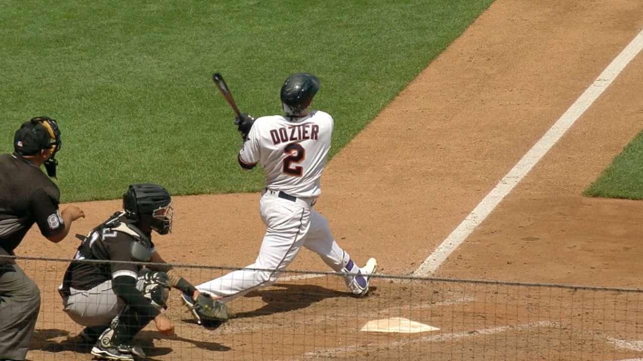 Dozier's 2 HRs power Santana, Twins past Sox