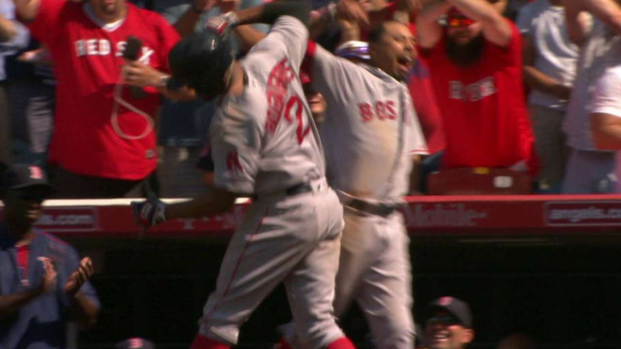 Bogaerts' solo home run