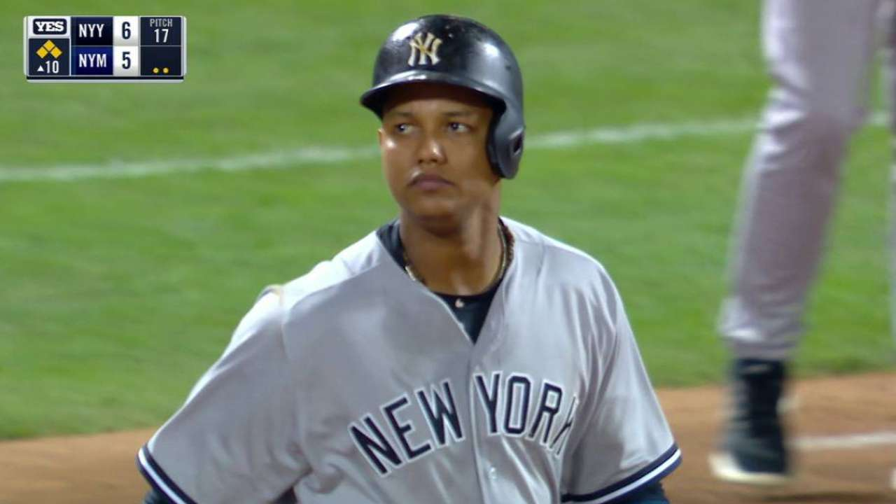 Yanks edge Mets in 10th on Starlin's sac fly