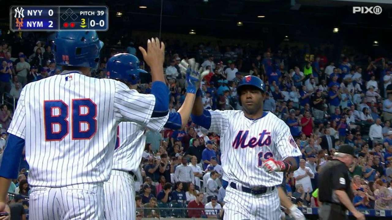 Mets emparejan Serie del Subway guiados por De Aza y deGrom