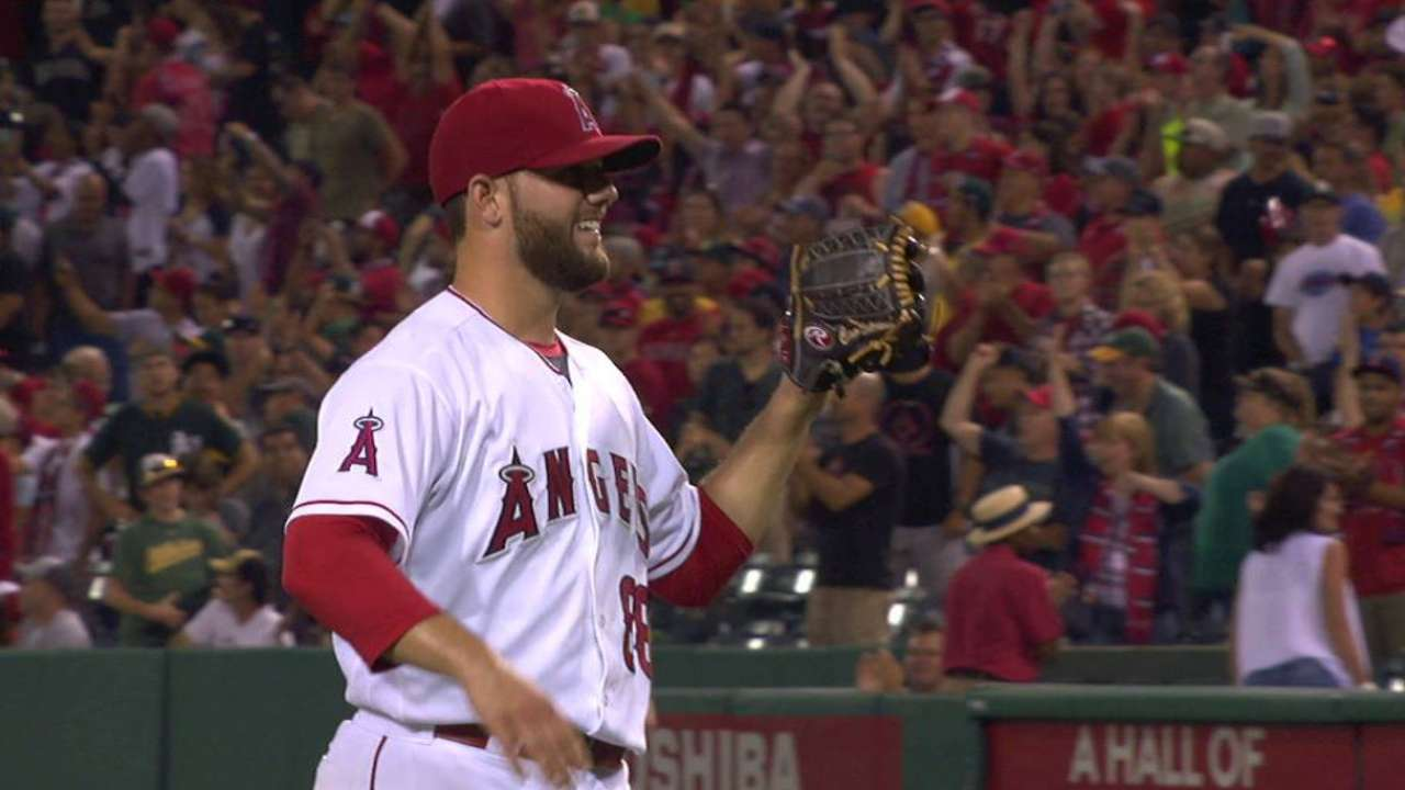 Bedrosian diagnosed with blood clot in right arm