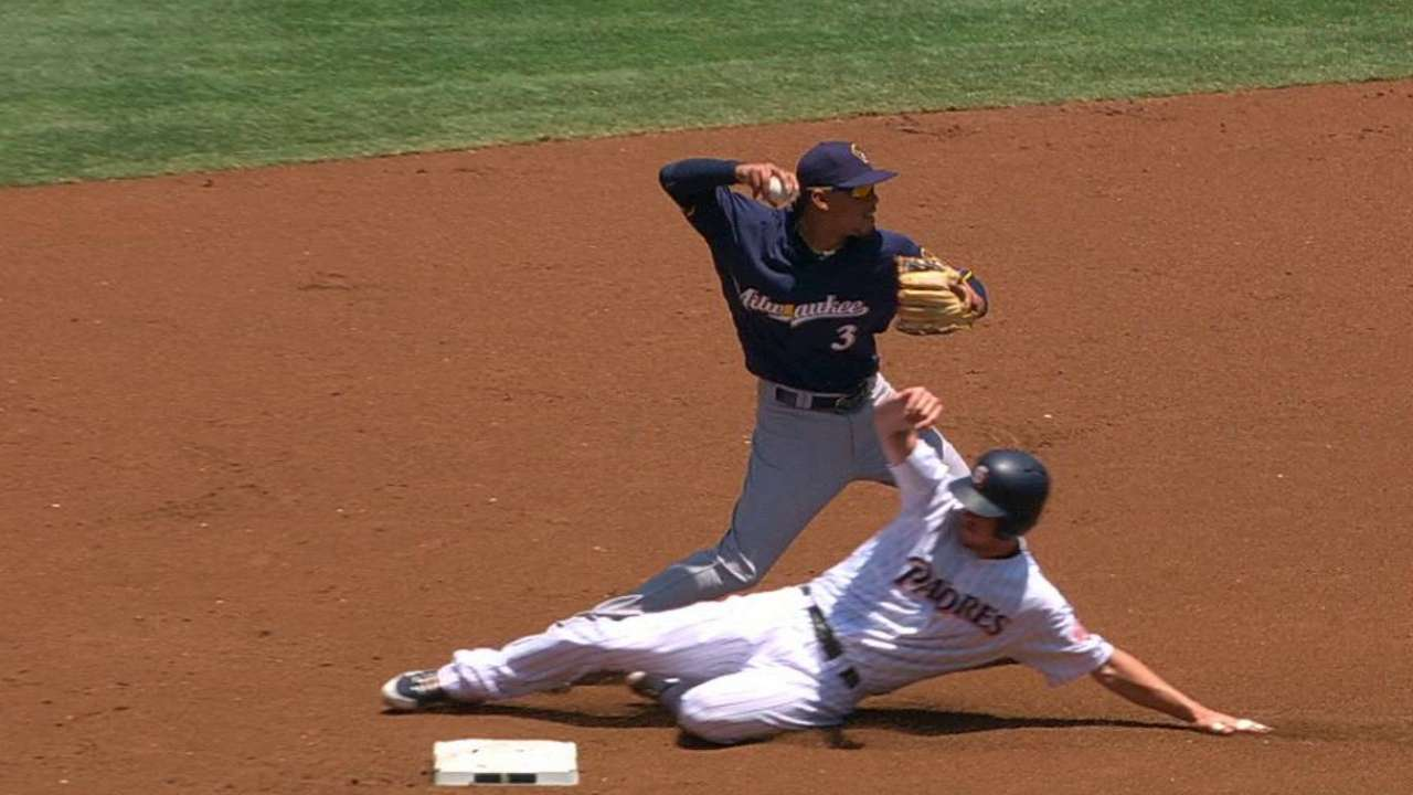 Ruling in 1st contributes to Guerra's rough start