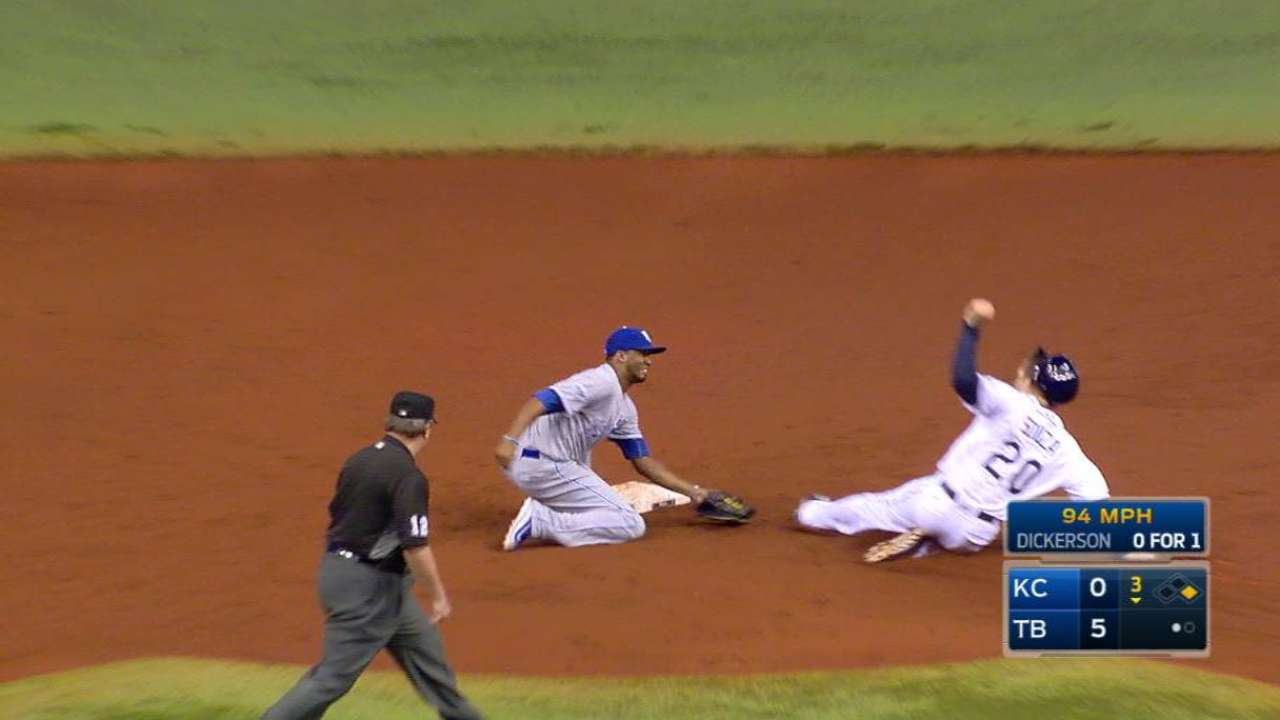 Perez nails Souza at second base