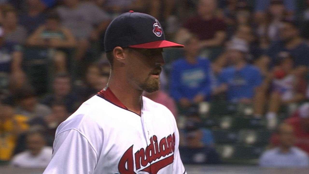 Indians call up Armstrong, option Crockett