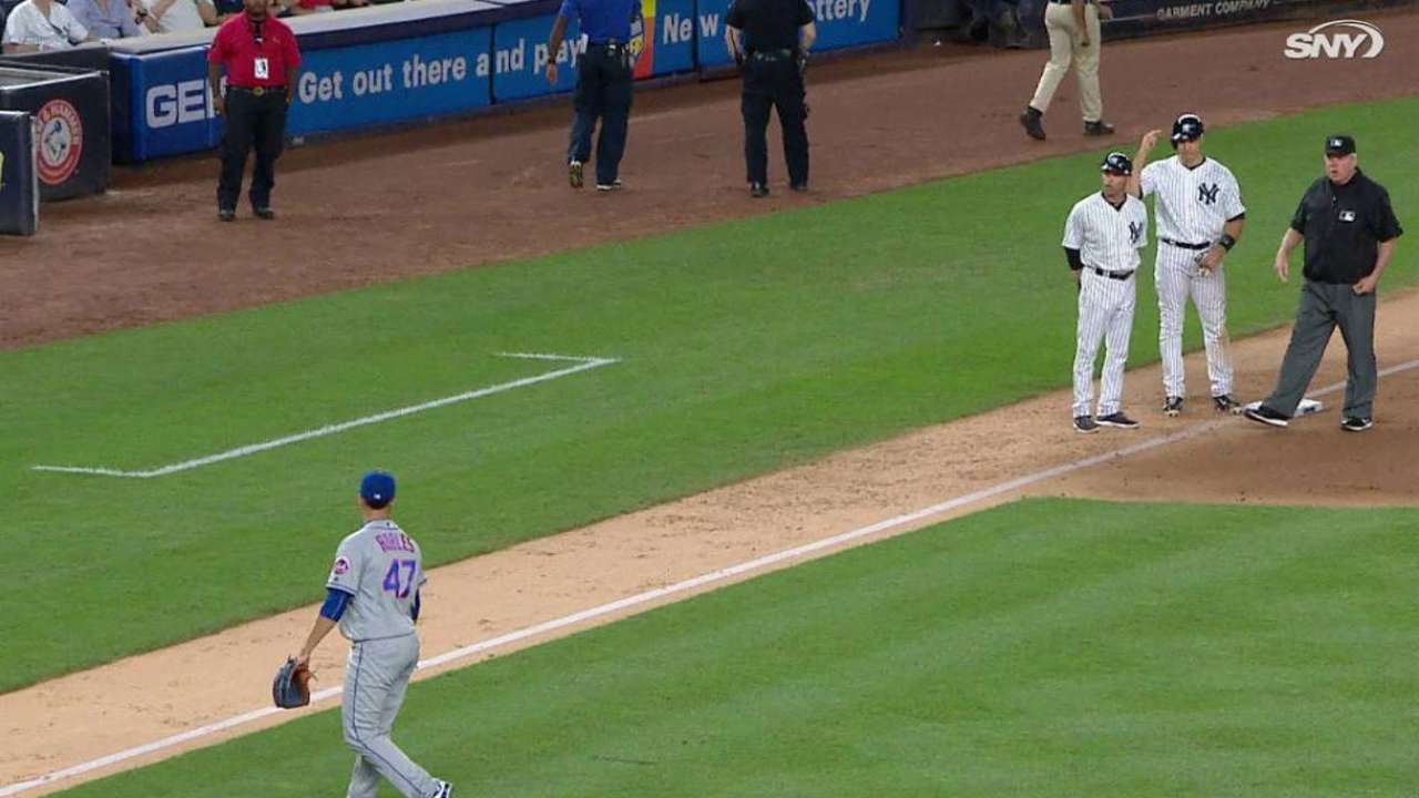 Robles, Tex in middle of Subway Series controversy