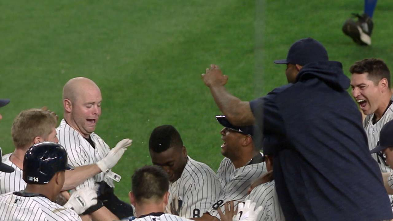 Power rally: Yanks walk off with 6 in 9th