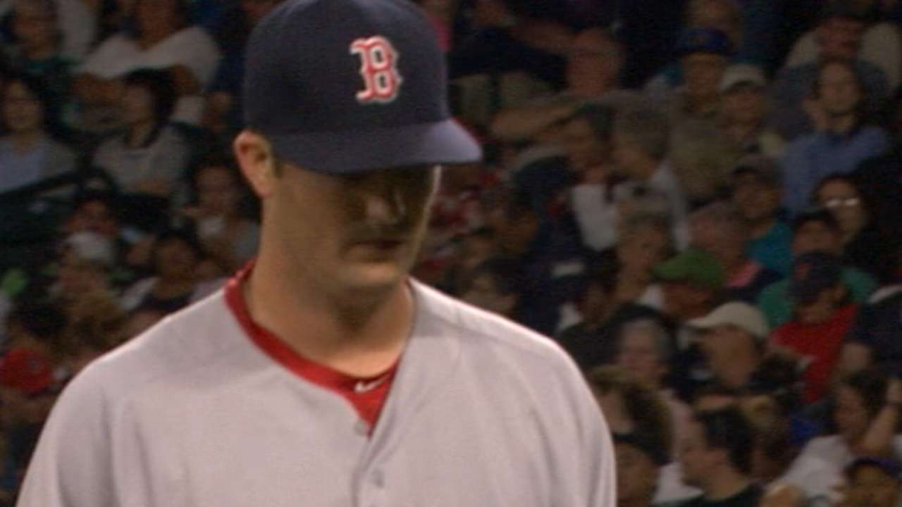 Pomeranz holds Mariners to two