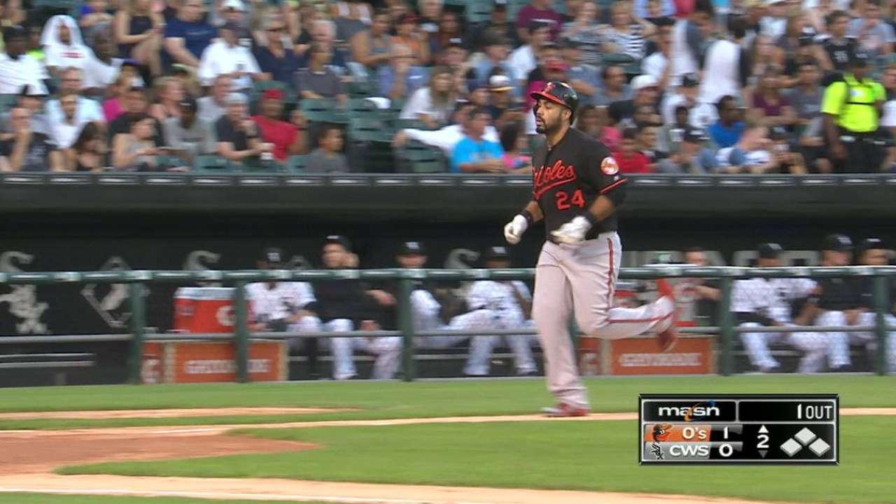 Alvarez's solo home run