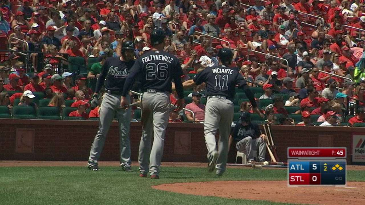 Braves rock Waino early in win over Cards