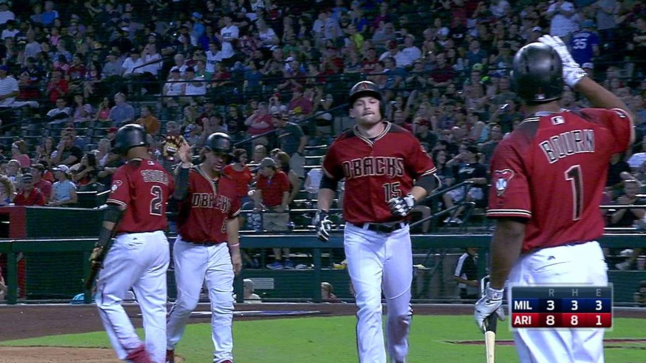 5-run 5th leads D-backs to series win vs. Crew