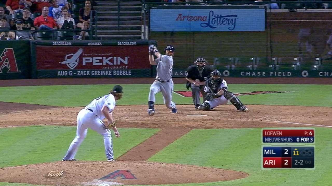 Loewen relishes unorthodox baseball journey