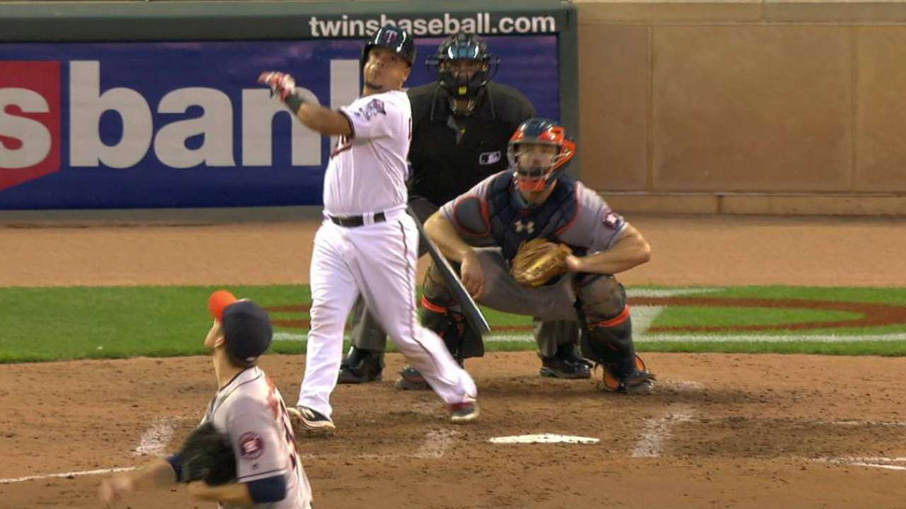 Twins trip up Astros in 5th to back Duffey