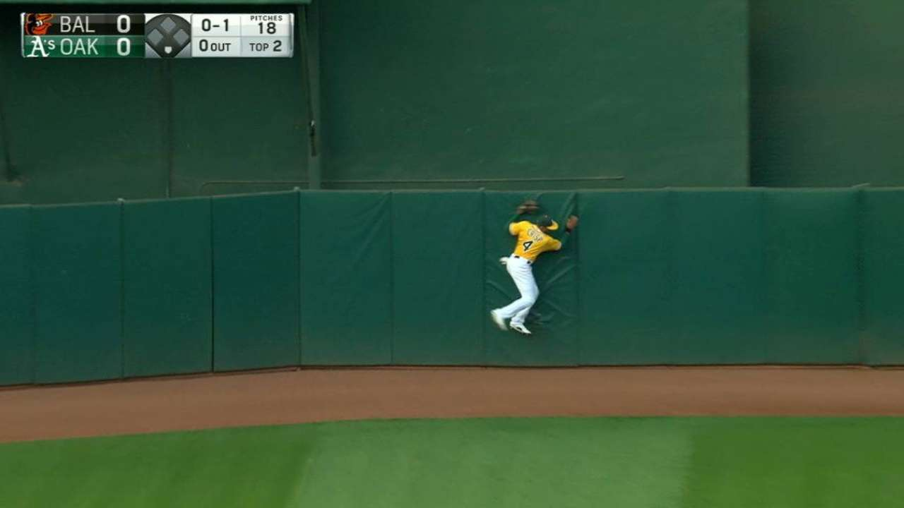 Crisp's leaping grab at the wall