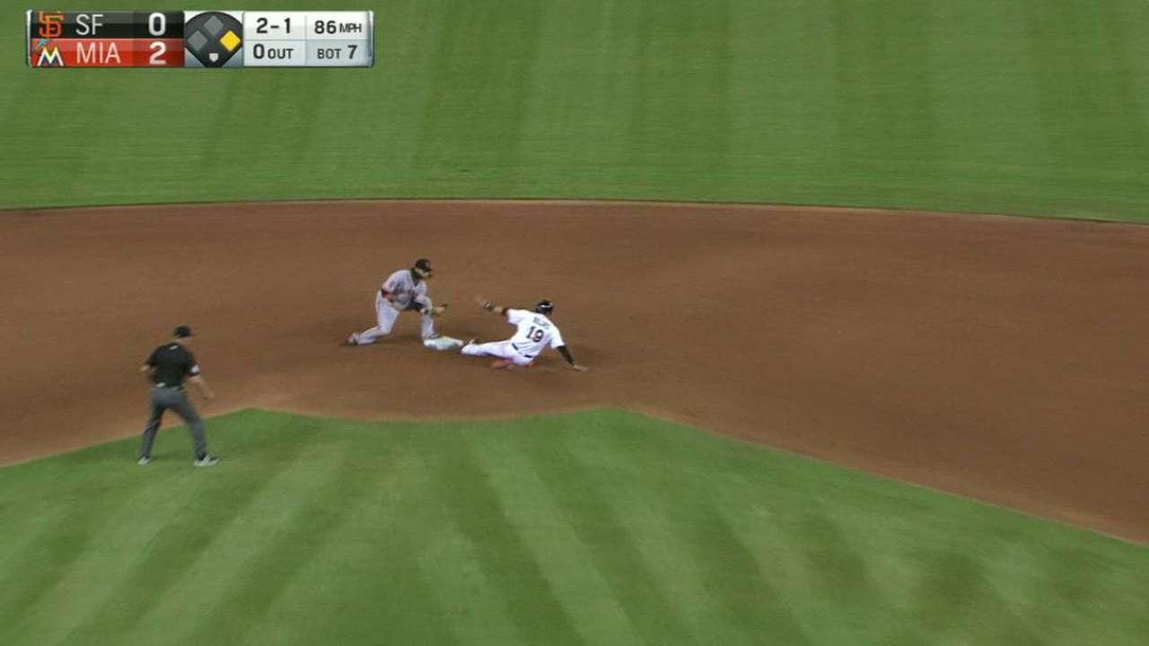 Peavy's slick defense
