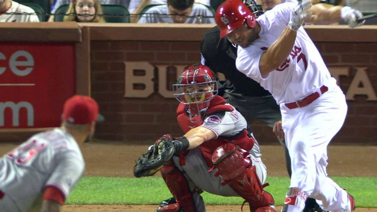Martinez, Holliday, Cards Stay Close in Race, Blank Pirates