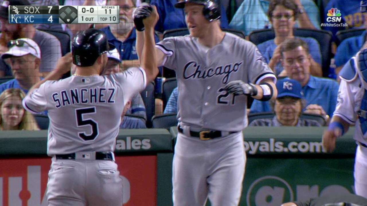 White Sox recover with Frazier's blast in 10th
