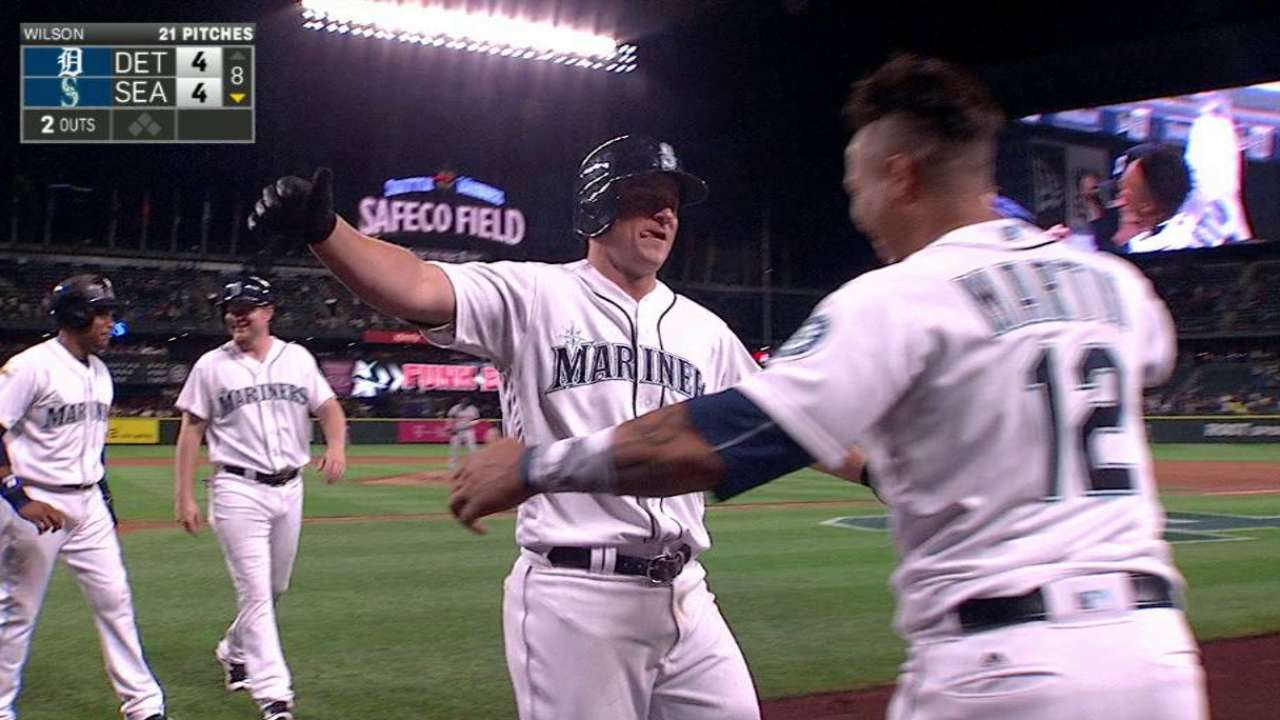 Seager's game-tying homer